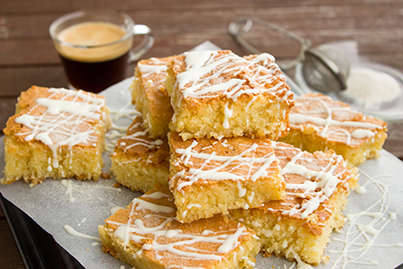 Preprost vaniljev biskvit